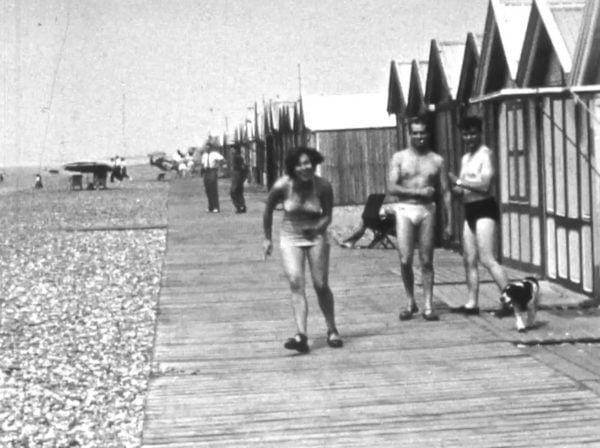 Le filmeur et la cabine de plage